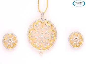 Gold plated CZ diamond pendant jewelry