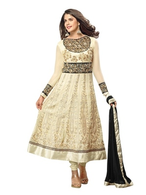 Triveni Gorgeous Foliage Embroidered Salwar Kameez 17278