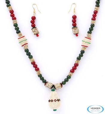 Royal fashion necklace jewelry