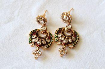 Enmel Earrings