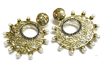 Golden Traditional Earrings1