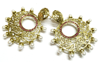 Golden Traditional Earrings3