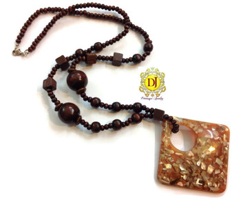 Square pendent wooden necklace