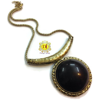 Chic n styllish black pendent necklace
