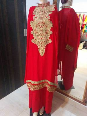 Red semi-stitched suit with heavy neck work