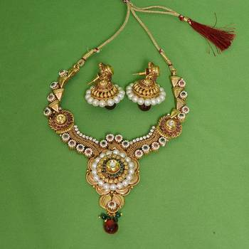 Cute Necklace Set