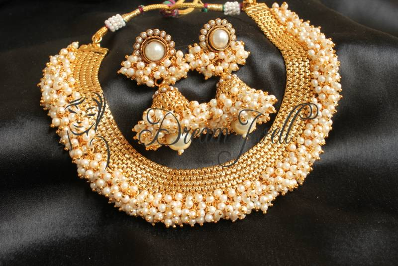 702f3d901d9a7 beautiful designer pearl cluster necklace set