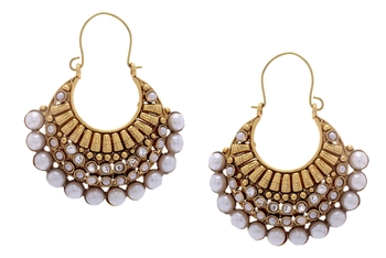 BEAUTIFUL GOLD PLATED FULL WHITE PEARLS HOOK HANGINGS