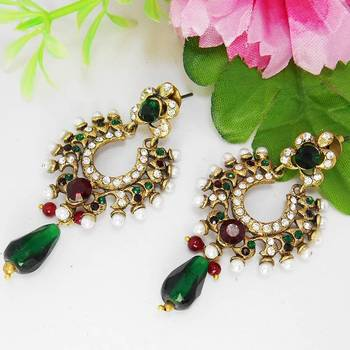 Victorian Edgy Danglers Red Green