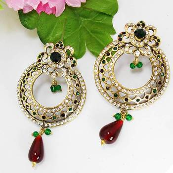 Victorian Circle Cutting Danglers Green Red