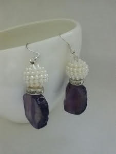Lavender agate stone and pearl dangler