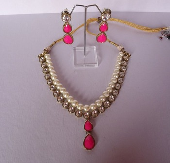 Kundan & Pearl a Necklace Set