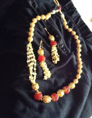 Beads neckalce set