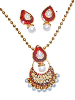 Maroon Meena White Moti Indian Traditional Pendant Set