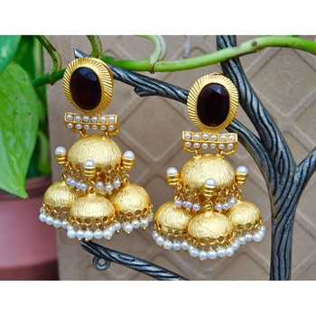 Cluster of Gold Jhumkas Bordered with Pearls