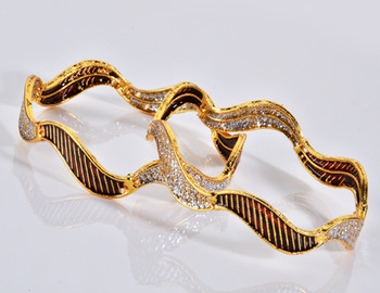 Designer Zari Bangle