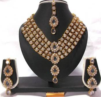 White Stone 4 Line Dulhan Necklace Set