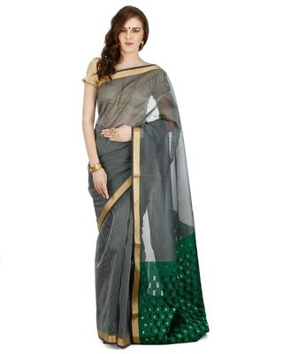 Grey Embroidered Cotton Saree With Blouse