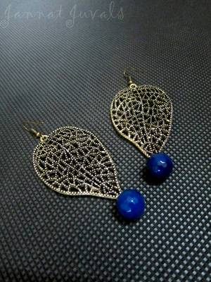 Trendy Golden Leaf earrings