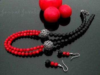 Black onyx and Red coral two layer necklace set