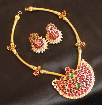 Beautiful Very Unique Temple Jewel Necklace Set
