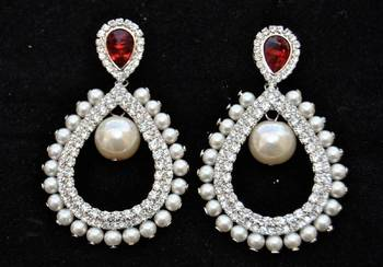 Pearl Earrings with Red Crystal