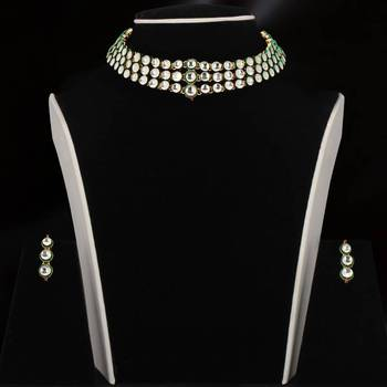 Design no. 8 b.840....Rs. 2600