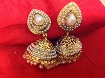 kanchana pearl earrings