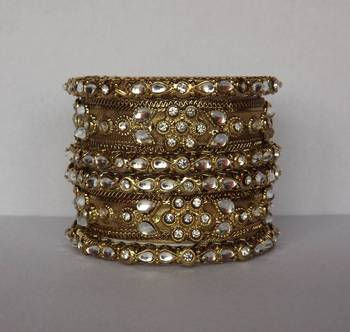Kundan & Copper Bangle Set