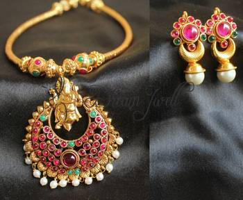 BEAUTIFUL VERY UNIQUE DACING GANESHA KEMP PENDANT NECKLACE SET WITH MATCHING EARRINGS