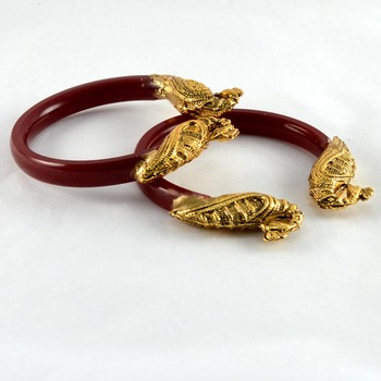 Acrylic Stretchable Bangles 21Cut Colour Red