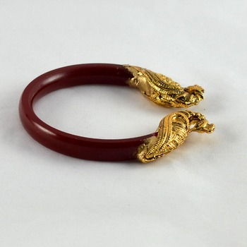Acrylic stretchable bangles 21cut kara colour red