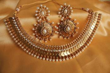 GORGEOUS ROYAL COIN NECKLACE SET WITH HUGE UNIQUE EARRINGS