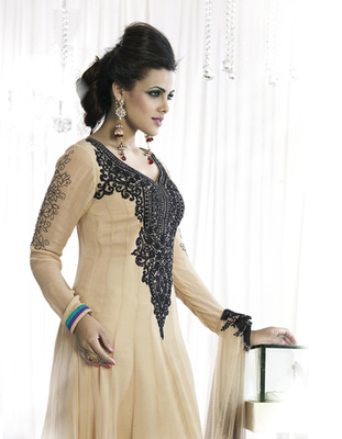 Embroidered Georgette Anarkali suit 9608