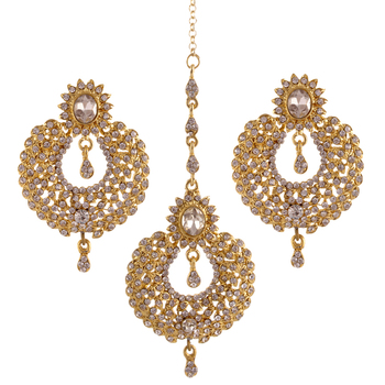 8c421dd41e Chandbali Earrings With Matching Maang Tikka - SEWAD - 1324445