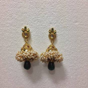 Tiny Pearls Studded Earrings in Maroon and Green