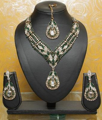 Royal Emerald Green Teardrop Necklace Set