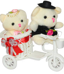 Cute red scooter with couple teddybear valentine gift set