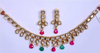 Kundan Red Green Necklace Set