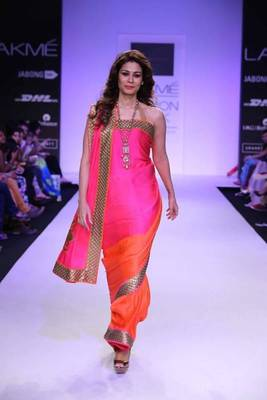 Pink and orange shaded saree