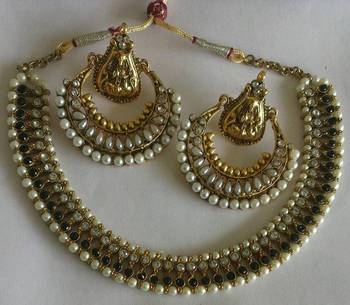 Designer Ram Leela Pearl earrings with Black colour Necklace set