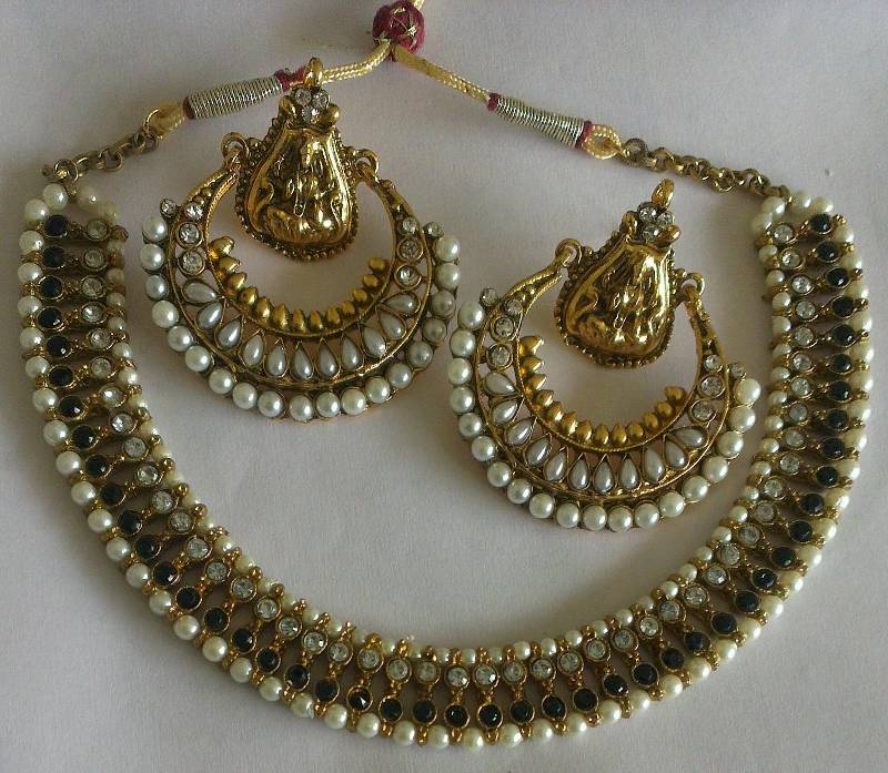 Buy Designer Ram Leela Pearl Earrings With Black Colour