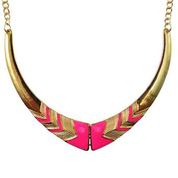 DIOVANNI Miss Pink Diva Golden Tresses  Statement Necklace
