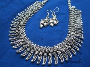 Oxidized necklace
