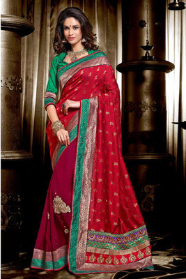 This a Maroon Viscose Georgette Saree