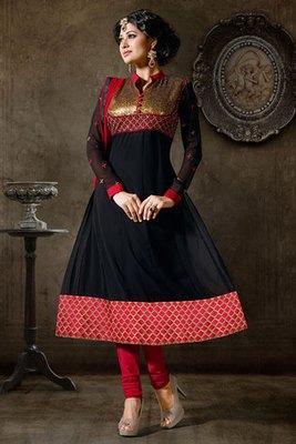 Mysterious Black Georgette Salwar Kameez