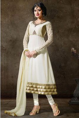 White Salwar Kameez Adorned By Patta Stone Work