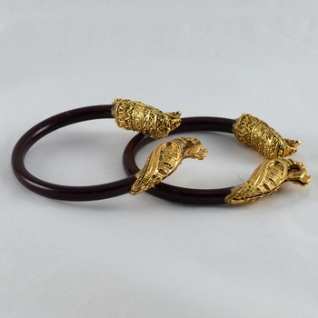 Exclusive stretchable bangles kara colour maroon