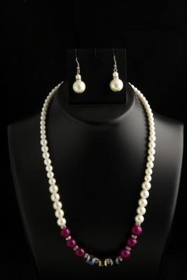 designer pearl megenta square mala with pearl drops