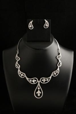 stylish carie american diamond cz necklace